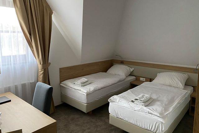 http://www.hotel-lipnica.pl/wp-content/uploads/2020/06/Studio_osobne_3o_ka_01.jpg